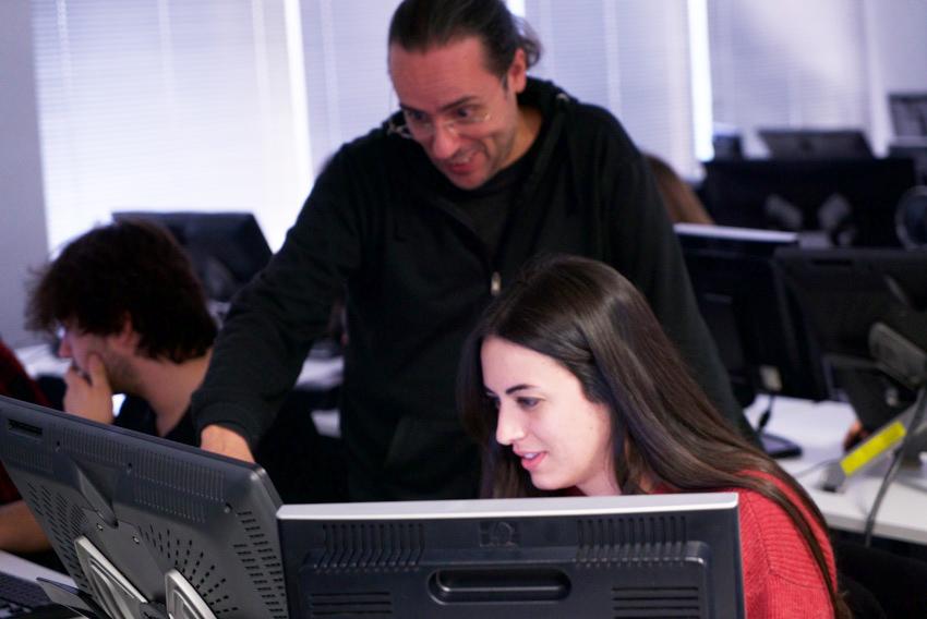 Estudiantes del máster en arte y diseño visual de videojuegos de U-tad