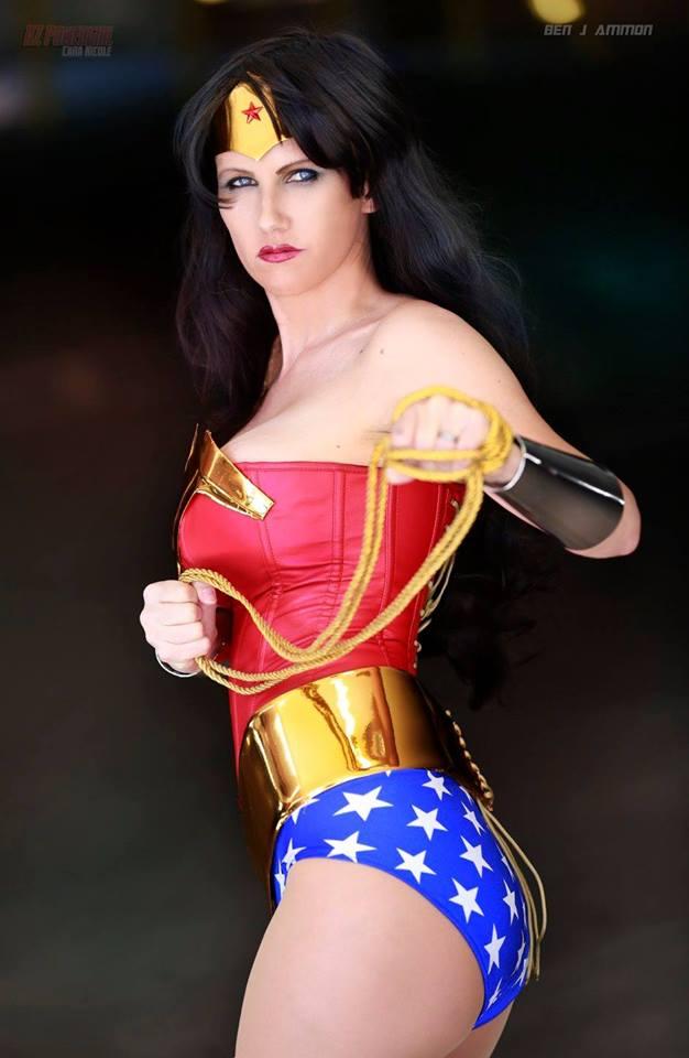 cosplay wonder woman candidata a la presidencia