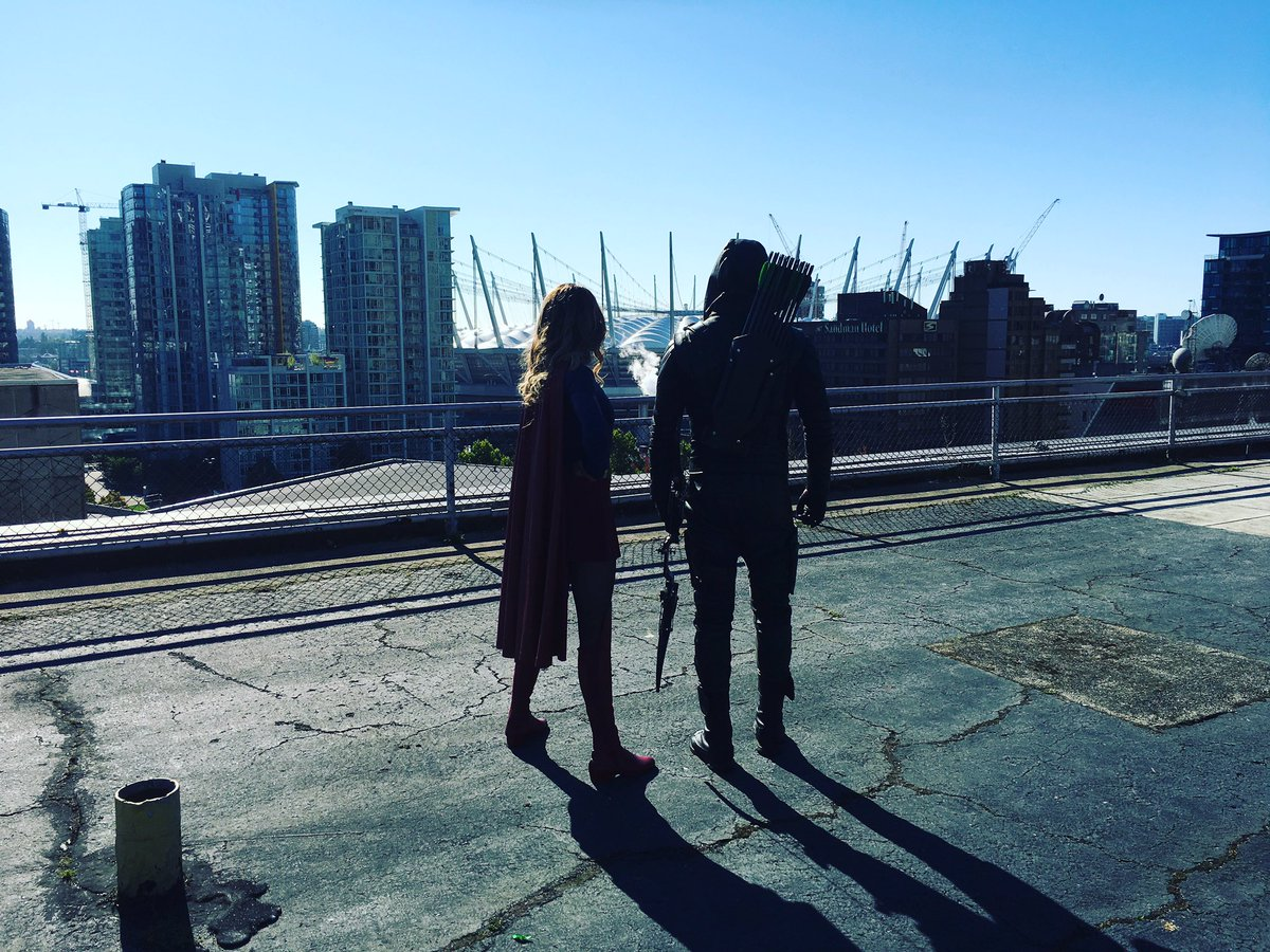 Arrow y Supergirl
