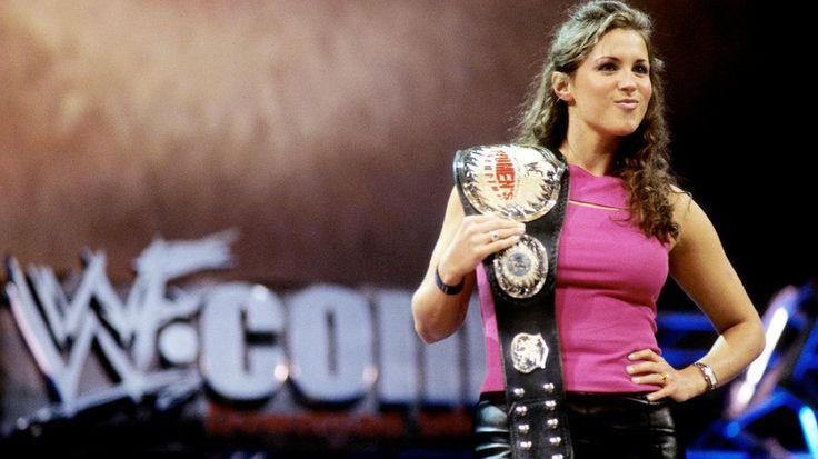 Stephanie McMahon durante su etapa como luchadora de la WWE