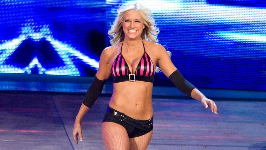 WWE - Kelly Kelly