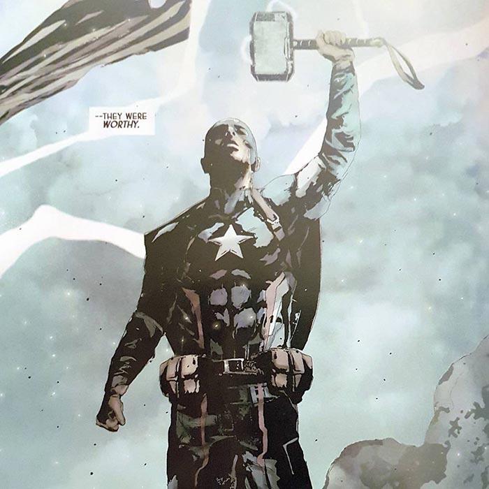 Capitán América con el Mjölnir en Secret Empire