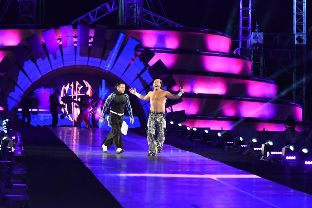WrestleMania 33 - Campeonato por Equipos de Raw (Combate con escaleras)