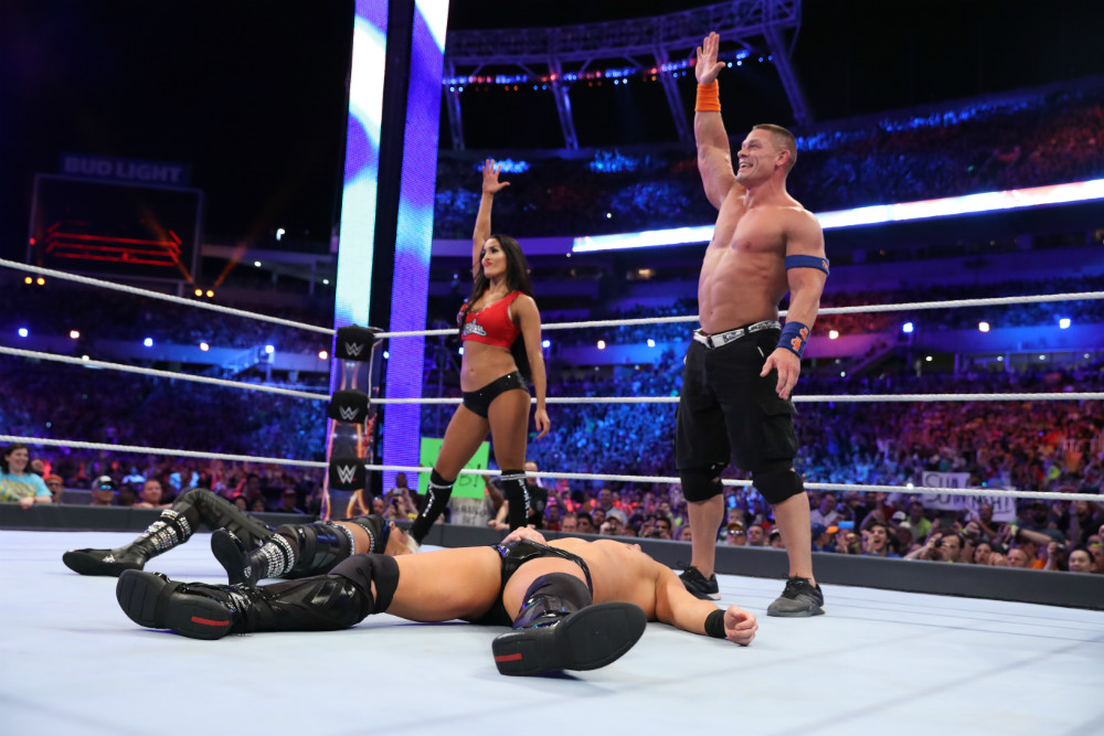 WrestleMania 33 - Combate por parejas mixto - John Cena y Nikki Bella vs. The Miz y Maryse