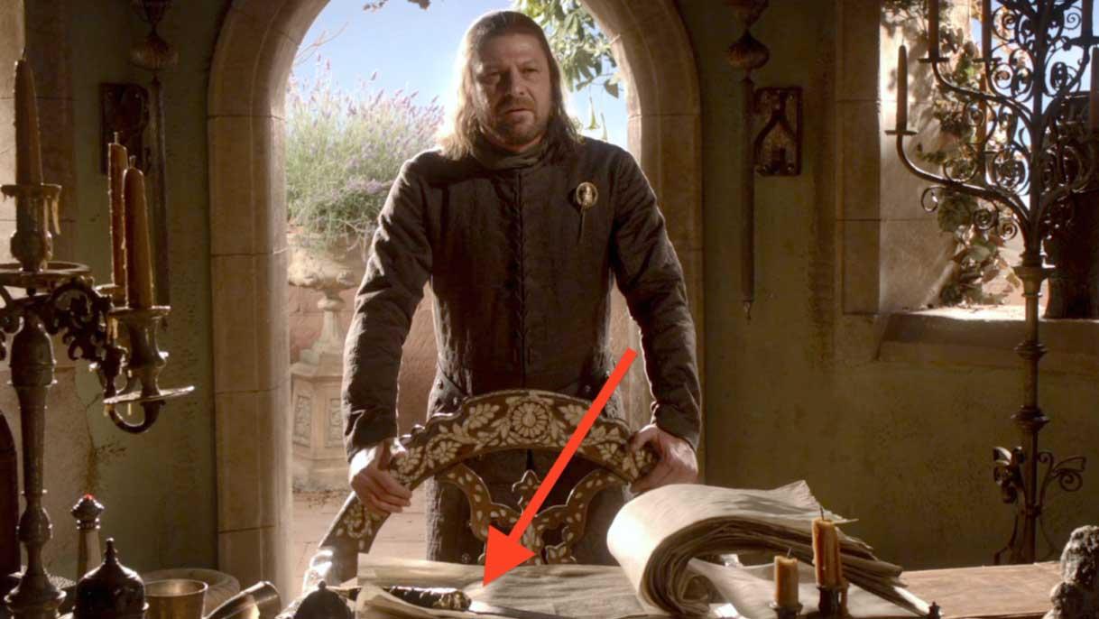 La daga de acero valyrio, en posesión de Ned Stark