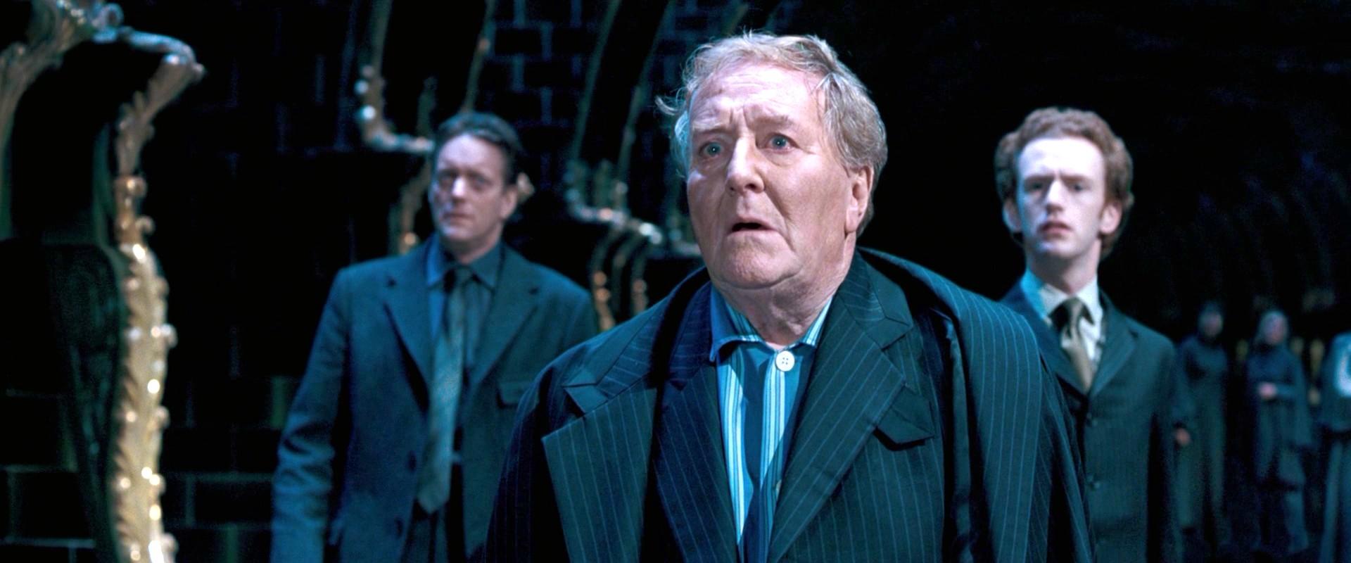 Robert Hardy Harry Potter
