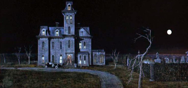Especial halloween las 17 casas m s famosas del cine de - Casas de peliculas ...