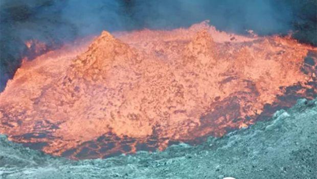 volcán Ambrym en la isla del Pacífico Vanuatu