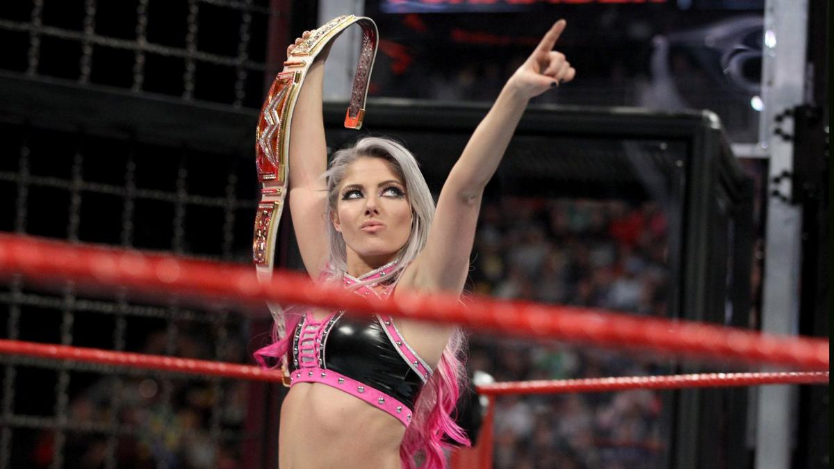 WWE Elimination Chamber 2018 - Alexa Bliss ganó el primer Elimination Chamber femenino