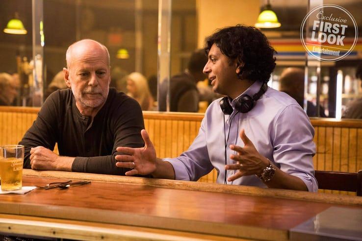 Glass - Bruce Willis y M. Night Shyamalan