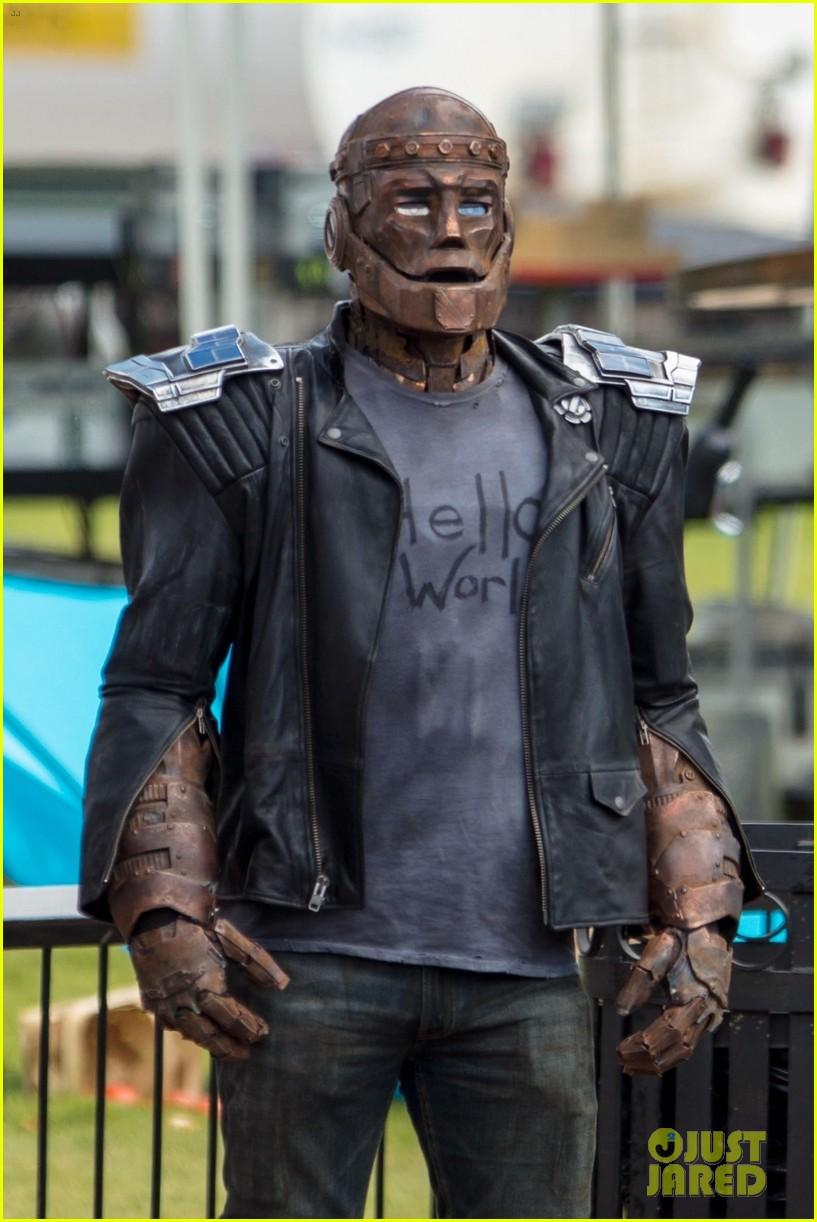 Brendan Fraser como Robotman en el rodaje de Doom Patrol