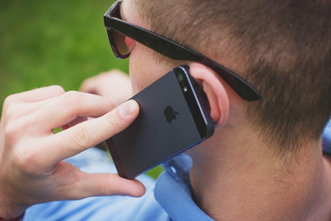 Cómo grabar llamadas de voz en un móvil Android o iPhone