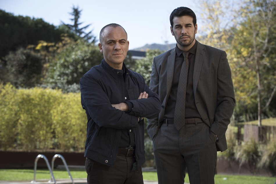 Javier Gutiérrez y Mario Casas en el rodaje de Hogar