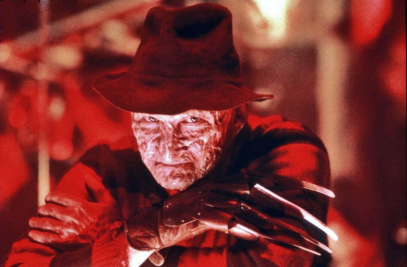 "Robert Englund (Freddy Krueger) te anima a ""ponerte guantes"" contra el  Coronavirus - HobbyConsolas Entretenimiento"