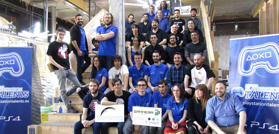 Los miembros de Games Camp y los ganadores de los Premios de España y Portugal