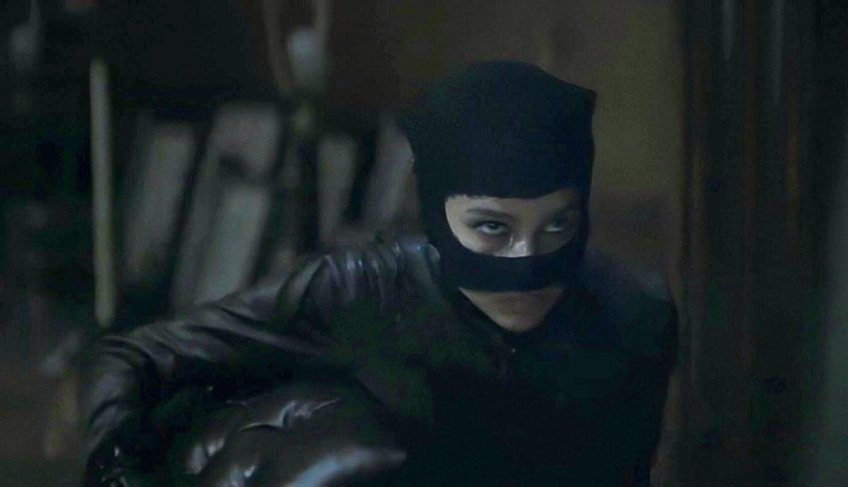 The Batman muestra a la Catwoman de Zoe Kravitz en un nuevo vídeo tras las  cámaras - HobbyConsolas Entretenimiento