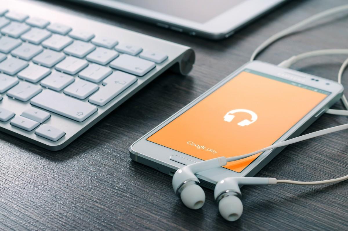 Cómo subir el volumen del altavoz de un móvil Android