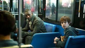 Idris Elba y Tom Taylor