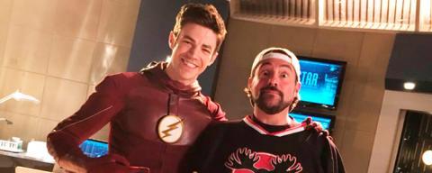 Kevin Smith dirigirá el episodio 7 de la tercera temporada de The Flash