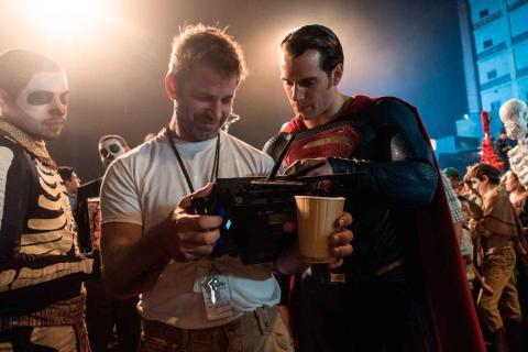 Zack Snyder y Henry Cavill en Batman v Superman
