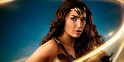 Wonder Woman - Póster promocional