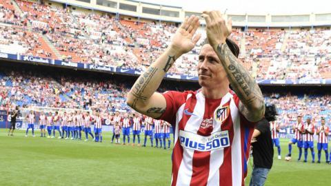 Los coches de los mejores futbolistas del mundo - Fernando Torres - Aston Martin DB9