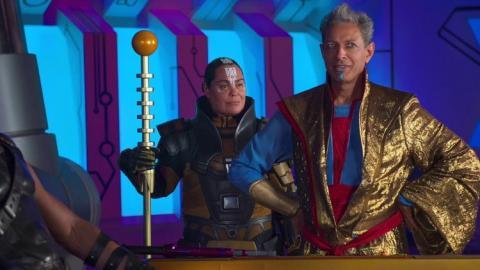 Jeff Goldblum como el Grandmaster en Thor: Ragnarok