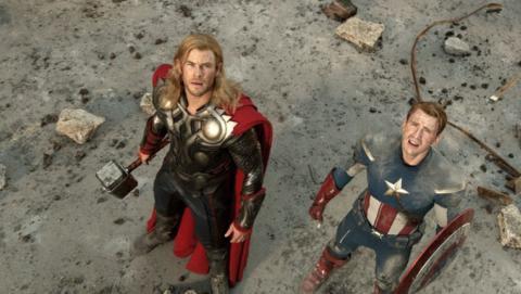 Capitán América y Thor en Vengadores