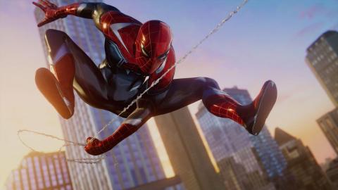 Spiderman PS4 trajes