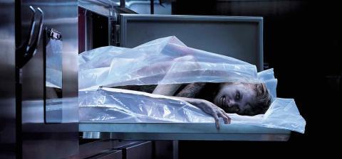 Crítica de Cadáver, la nueva película de terror demoniaco ...