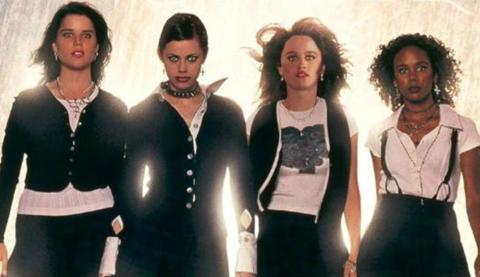 Habrá reboot de Jóvenes y Brujas a cargo de Blumhouse
