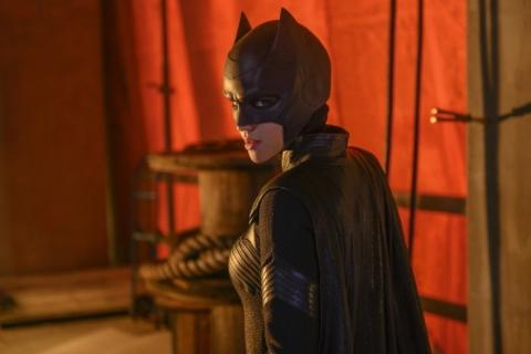 Batwoman serie DC imágenes