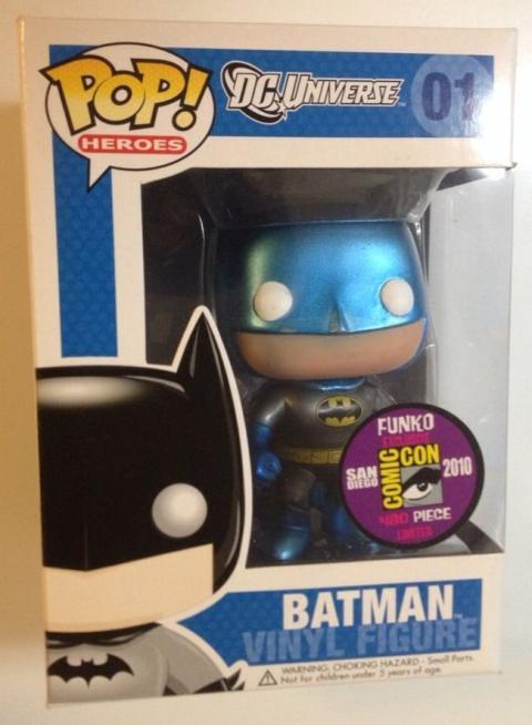 Batman traje azul metálico