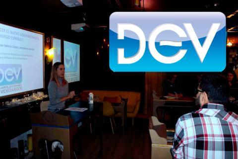 Valeria Castro, presidenta de DEV, presenta las 10 medidas para el 10N