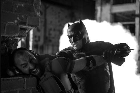 Zack Snyder agradece a los fans el apoyo del Snyder Cut con nuevas imágenes  de Liga de la Justicia - HobbyConsolas Entretenimiento