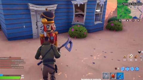 Estatua cascanueces Fortnite