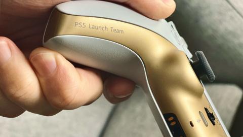 Mando PS5 Dualsense dorado