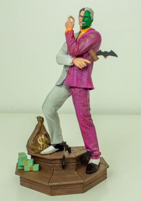 Figura de Dos Caras de Diamond Select Toys