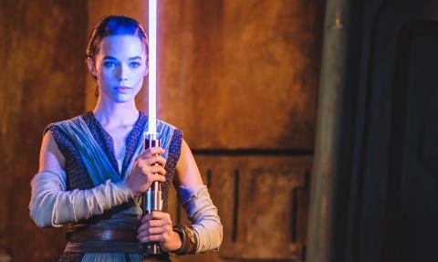 Disney presenta el primer sable de luz REAL de Star Wars