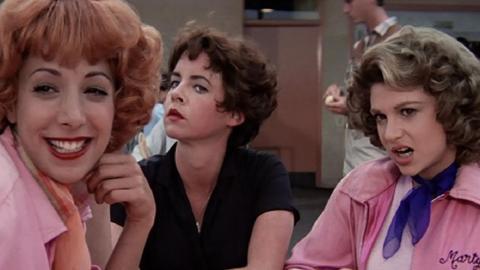 Pink Ladies de Grease (1978)