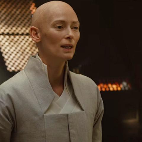 Doctor Strange: Tilda Swinton habla del cambio de etnia de su personaje