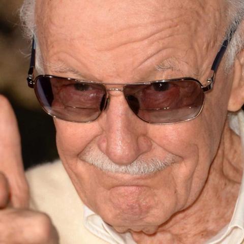 <div><b>Stan Lee </b>no podía faltar en la película de Thor. El anciano creador del Universo Marvel, tal y cómo lo conocemos, hace un nuevo cameo en esta película, encarnando a un delirante barbero, cuyo pulso no es lo que era.</div>