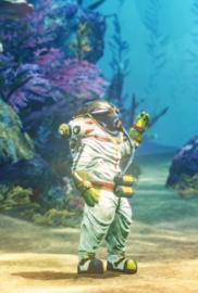 Shinsekai into the Depths FICHA