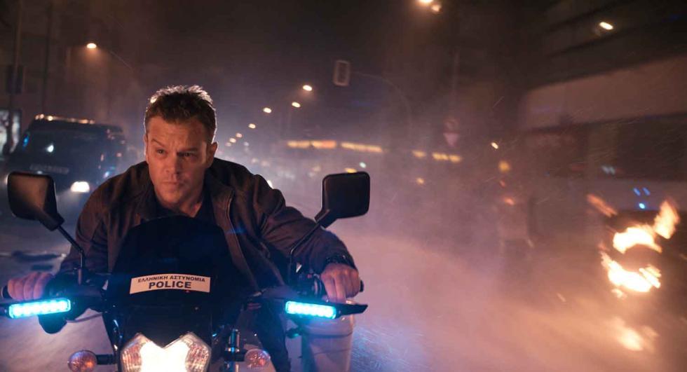 Matt Damon en una persecución en moto en Jason Bourne