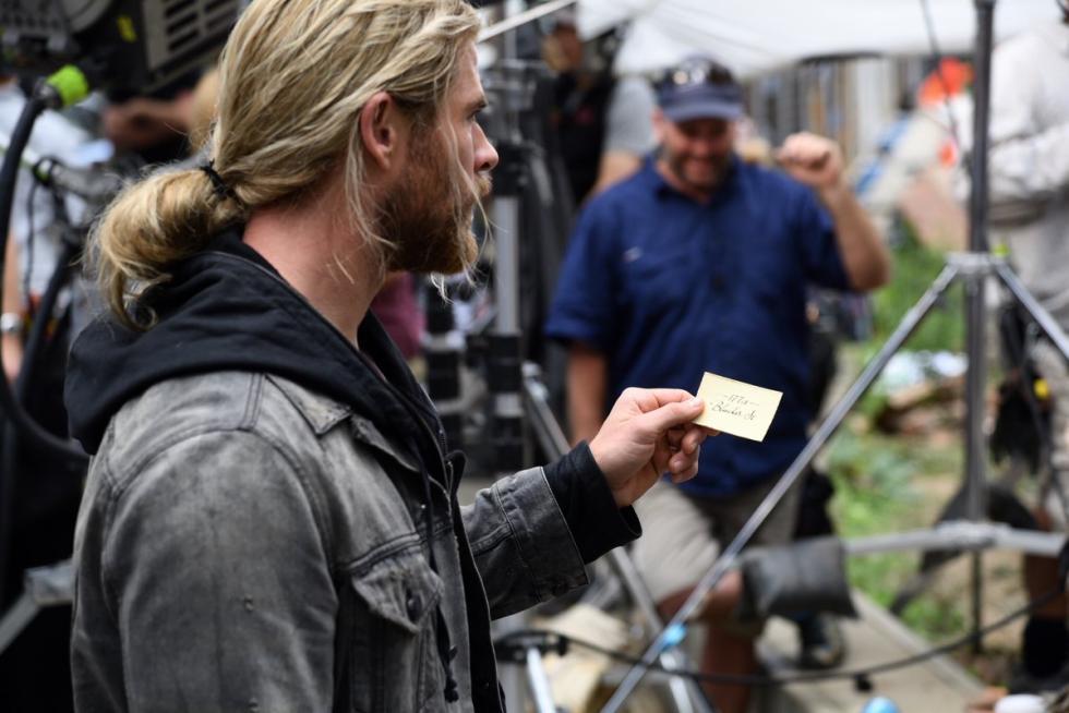 Chris Hemsworth Tarjeta Doctor Strange