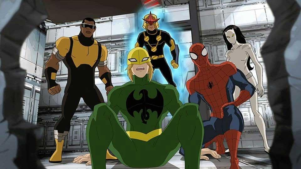 Luke Cage (izquierda) y Iron Fist (centro) en Ultimate Spider-man