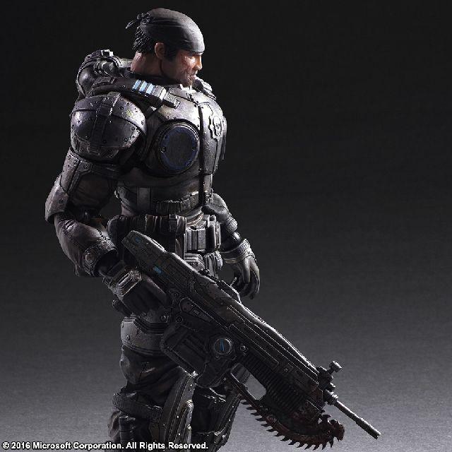 Figura de Marcus Fenix de la linea Play Arts Kai de Square Enix.