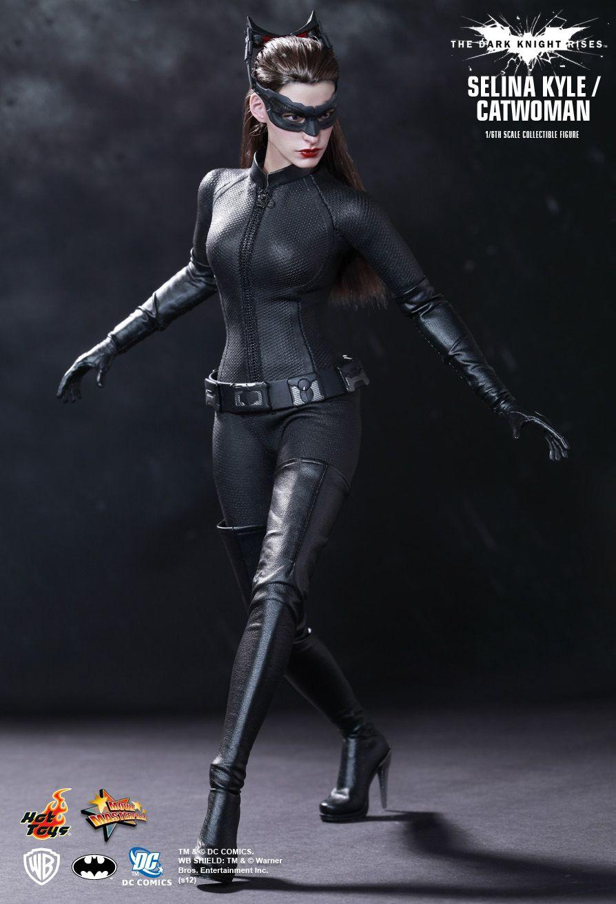 3. Selina Kyle / Catwoman (The Dark Knight Rises)- MMS197D02