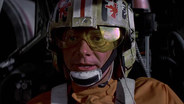 Drewe Henley interpretró al Jefe Rojo en Star Wars: Una Nueva Esperanza