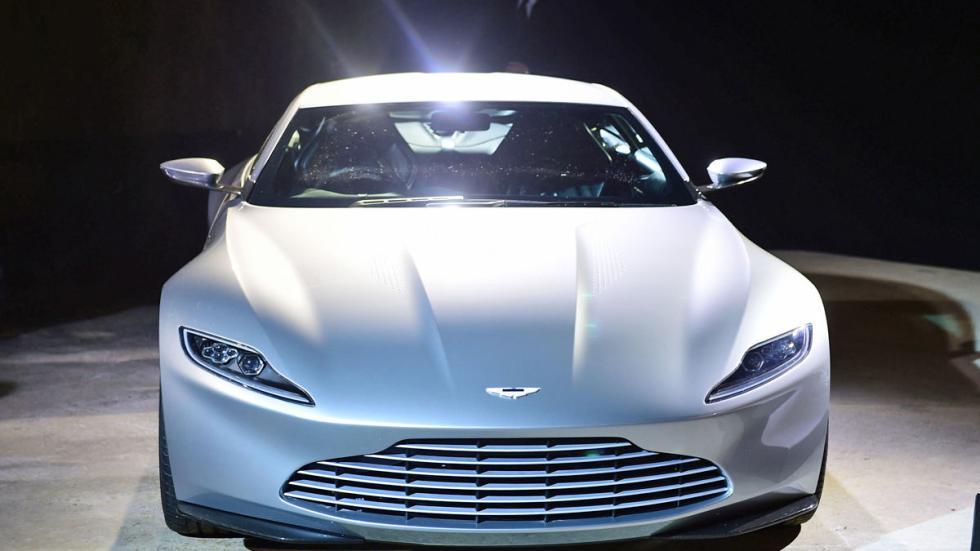 El Aston DB10 devuelve a Bond a sus raíces en 'Spectre'. Es espectacular desde c